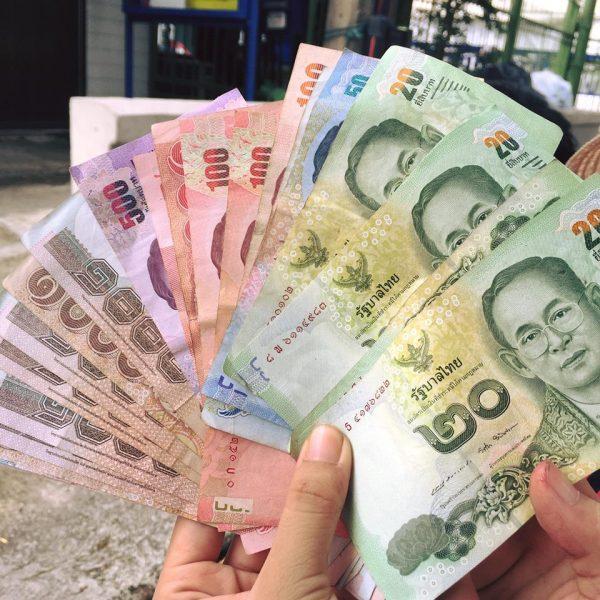 Kinh nghiệm đổi tiền Bath khi du lịch Bangkok