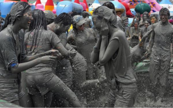 Nguồn gốc lễ hội tắm bùn Boryeong