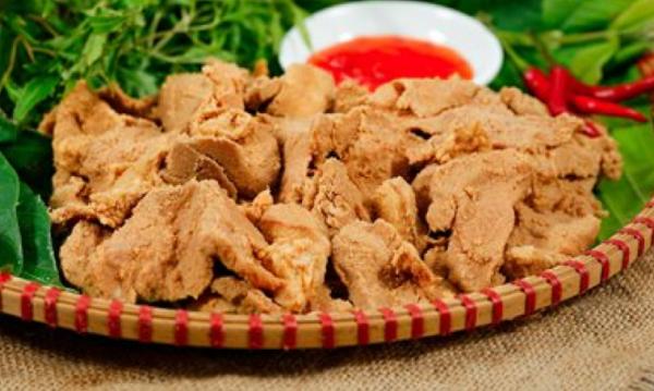Thịt lợn muối chua đặc sản Long An