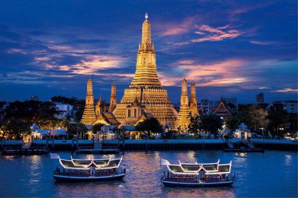 Đi thuyền ngắm sông Chao Phraya- trải nghiệm khi du lịch bangkok
