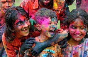 Các nghi lễ và truyền thống trong lễ hội Holi