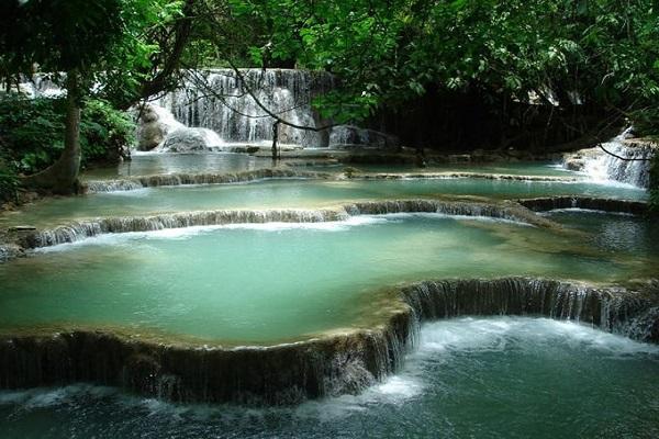 Ghé thăm thác nước Kuang Si