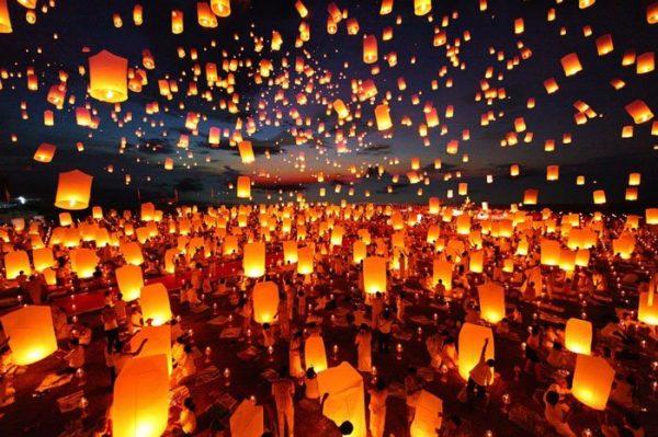 Lễ hội thả đèn trời Yi Peng ở Thái-lan