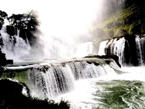 Thác Bản Giốc thác nước nổi tiếng Việt Nam
