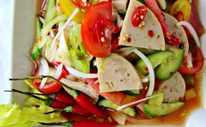 Gỏi Yum Moo Yor -Món ăn ngon ở Chiang Mai