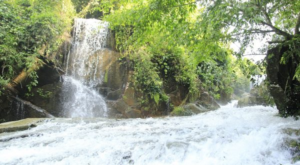 Khu du lịch Khoang Xanh suối tiên -điểm du lịch ở Ba Vì