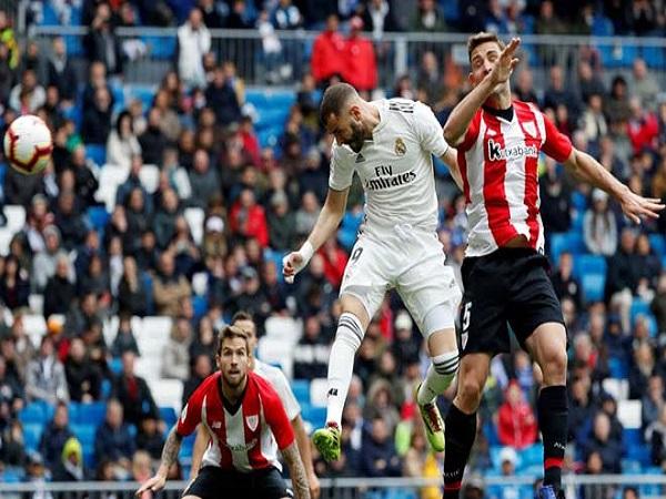 Số 9 Benzema đang là cầu thủ hay nhất thế giới