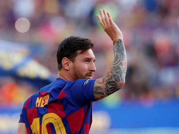 Bóng đá quốc tế 7/8: Messi chấn thương, Barca lo sốt vó