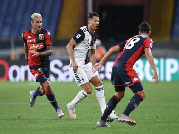 Ronaldo lại ghi bàn đẳng cấp giúp Juventus tiếp tục bay cao