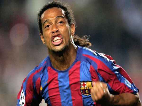 Neymar có giá 260 triệu euro, Ronaldinho đắt hơn nhiều