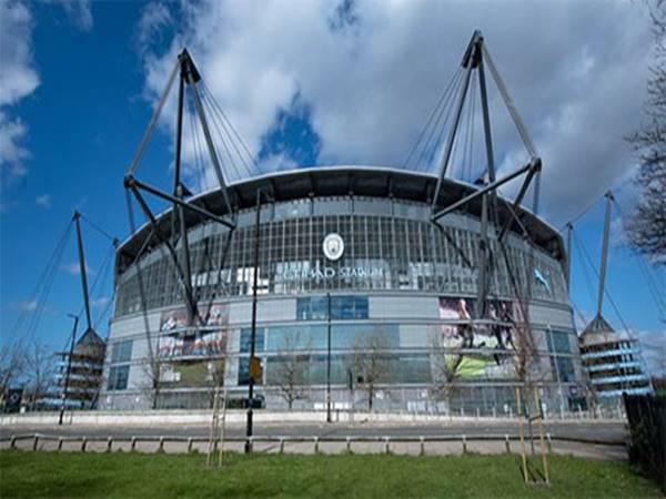 Bóng đá Quốc tế tối  7/4: Man City tuyên bố lỗ nặng
