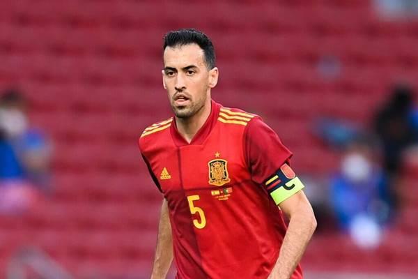 Sergio Busquets rời đội tuyển Tây Ban Nha vì mắc Covid-19